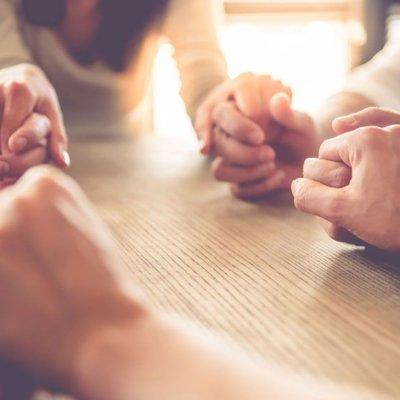 Prière-Rencontre le samedi matin, de 11h à 12h, église St Jean-Marie Vianney